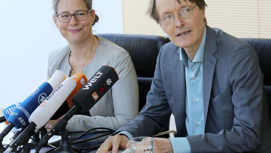SPD-Kandidaten Nina Scheer und Karl Lauterbach