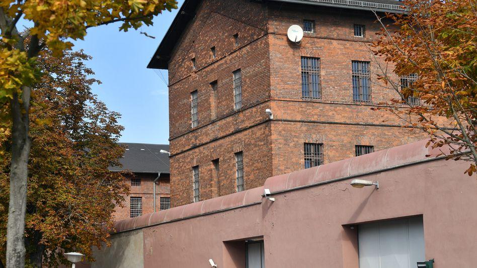 Aufsehenerregender Zwischenfall in der Justizvollzugsanstalt in Halle