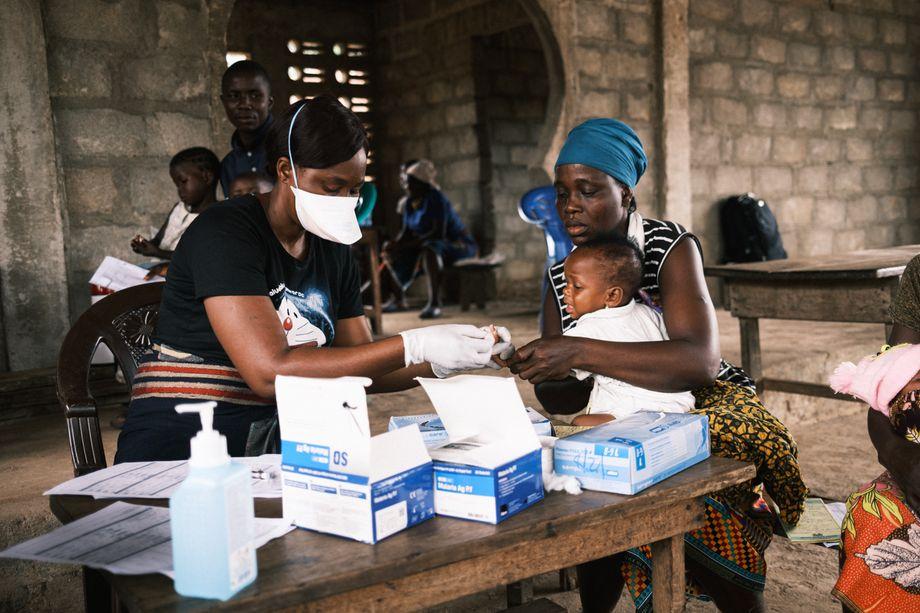 Behandlung und Vorsorge durch die mobile Klinik