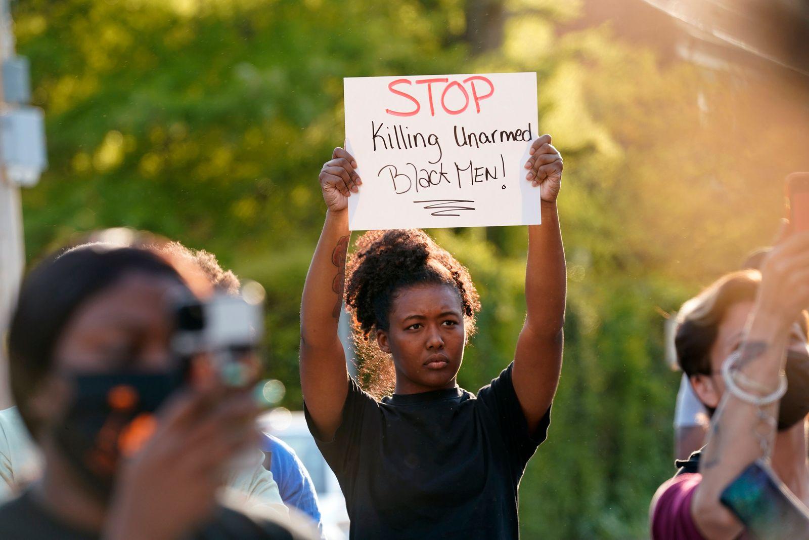 Proteste gegen Polizeigewalt in den USA - North Carolina