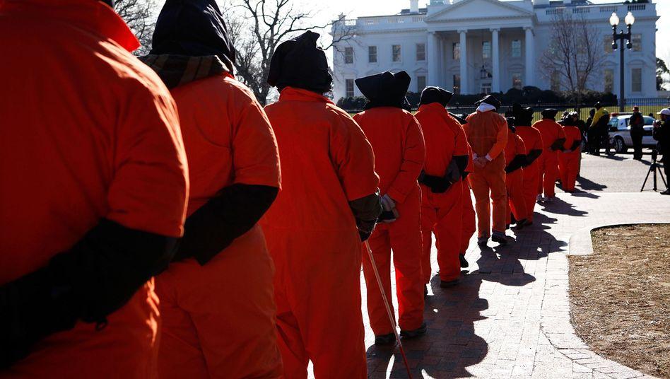 Anti-Folter-Aktivisten vor dem Weißen Haus: Protest gegen die Relikte der Ära Bush