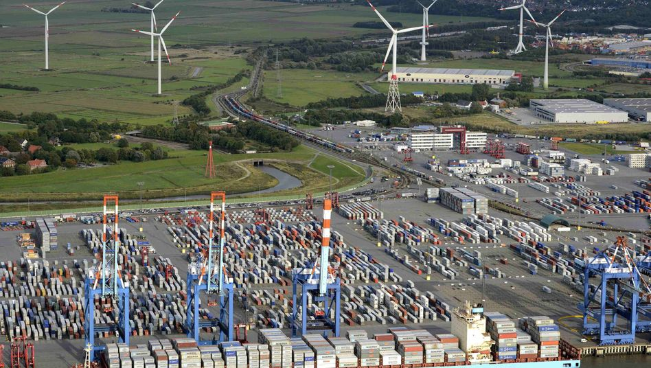 The German port of Bremerhaven: Exports are still keeping Germany's economy afloat.