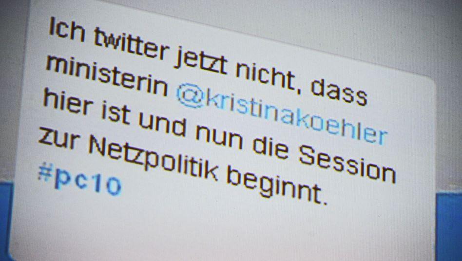 Twitter-Humor beim Politcamp 2010 (pc10): Ministerin Schröder heißt bei Twitter noch Köhler