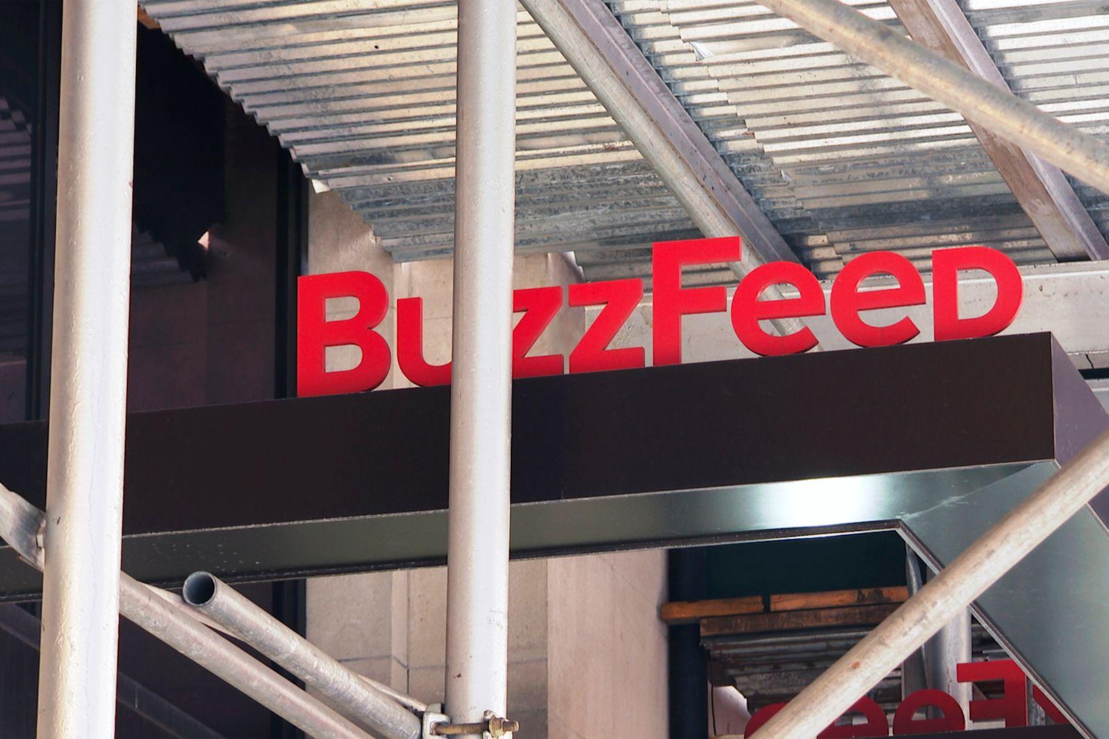 BuzzFeed Buys HuffPost