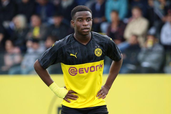 15 Jahre, 34 Tore in 20 A-Jugend-Spielen: BVB-Talent Youssoufa Moukoko