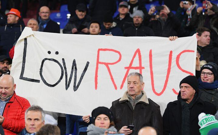 Banner in der Schalker Arena