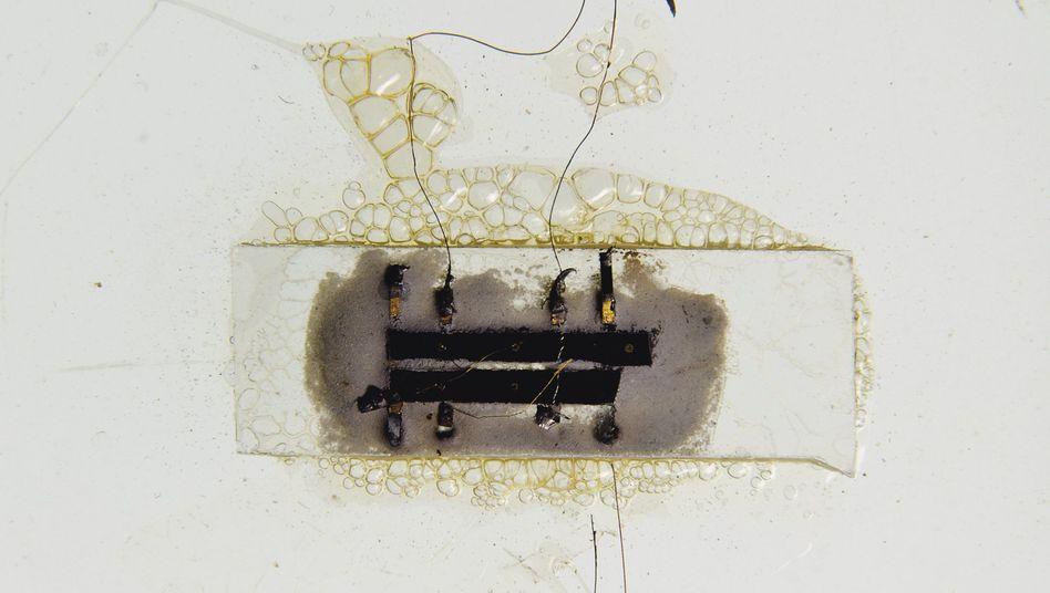 Elf Millimeter Germanium, Kleinteile und Drähte: Jack Kilbys IC-Prototyp
