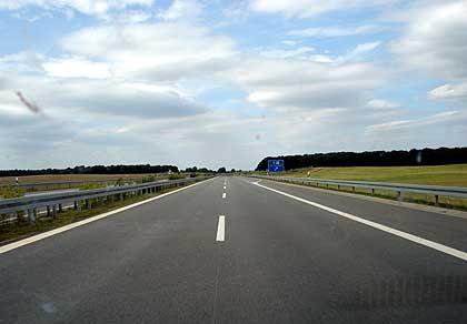 """Autobahn in Ostdeutschland: """"Armen- und Altenhaus der Republik"""""""
