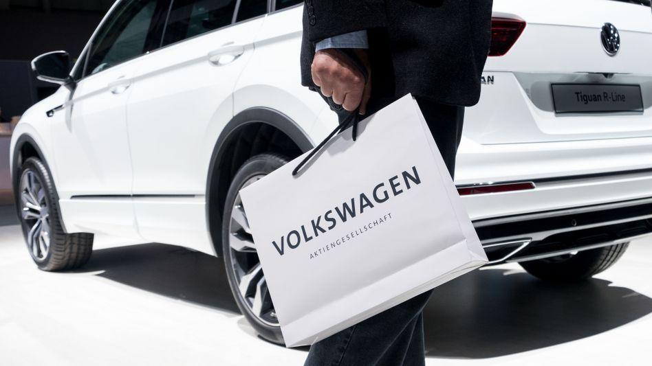 Volkswagen-Aktionär auf der Hauptversammlung
