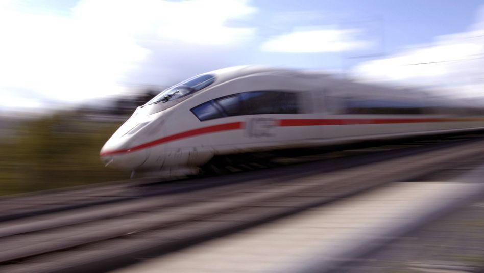 ICE: Bahnhof übersehen