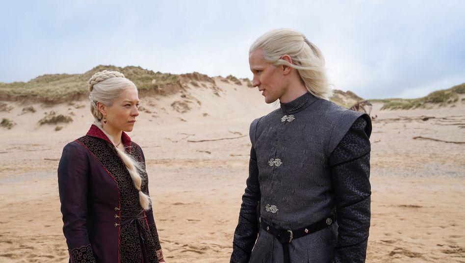 Emma D'Arcy als Prinzessin Rhaenyra Targaryen und Matt Smith als Prinz Daemon Targaryen