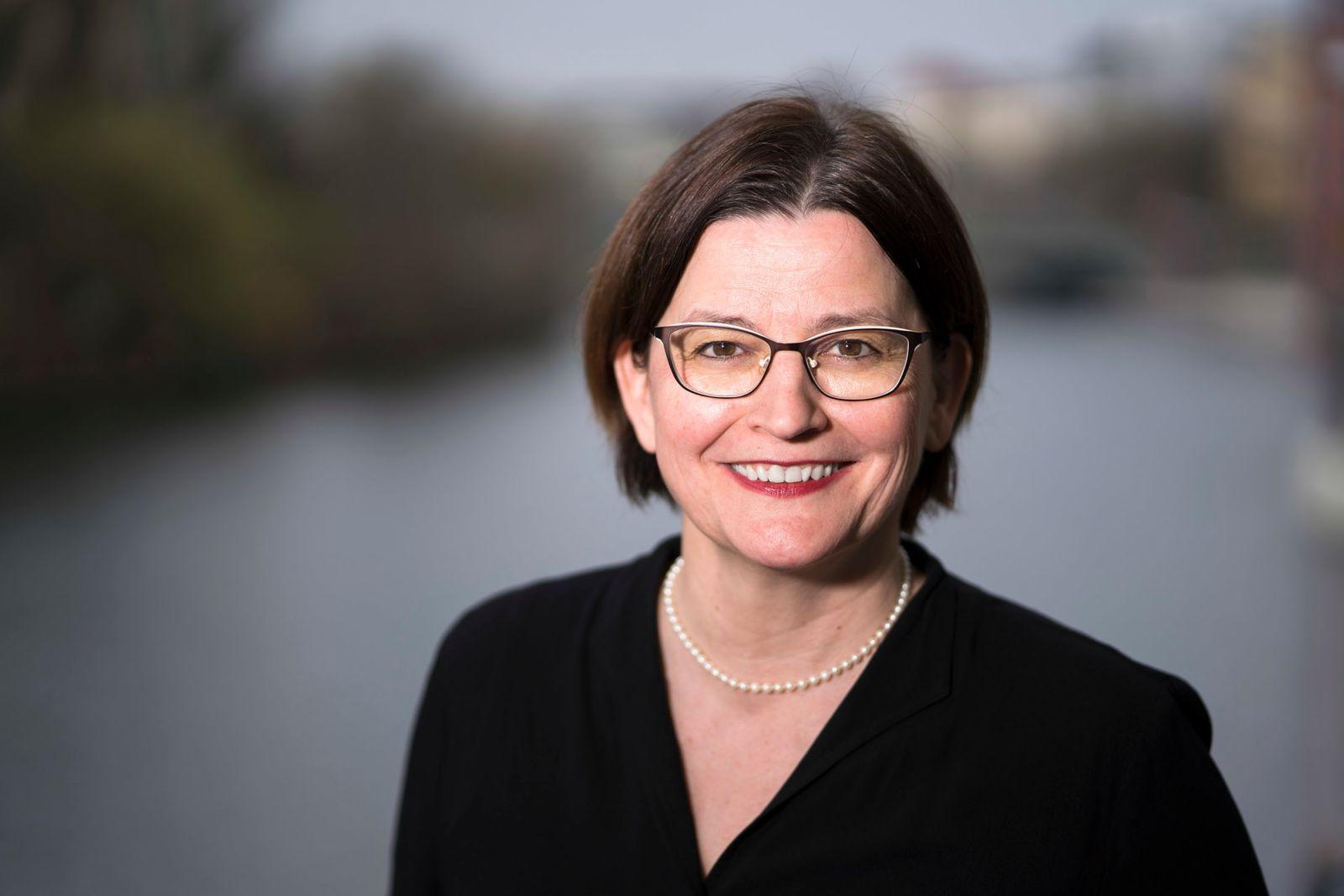 Ulrike Geppert-Orthofer / Deutscher Hebammenverband