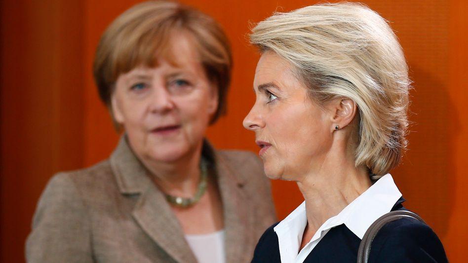 CDU-Politikerinnen Merkel, von der Leyen: Keine Einigkeit bei der Homo-Ehe