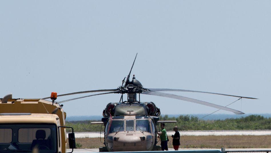 Hubschrauber von Putschisten in Alexandroupolis