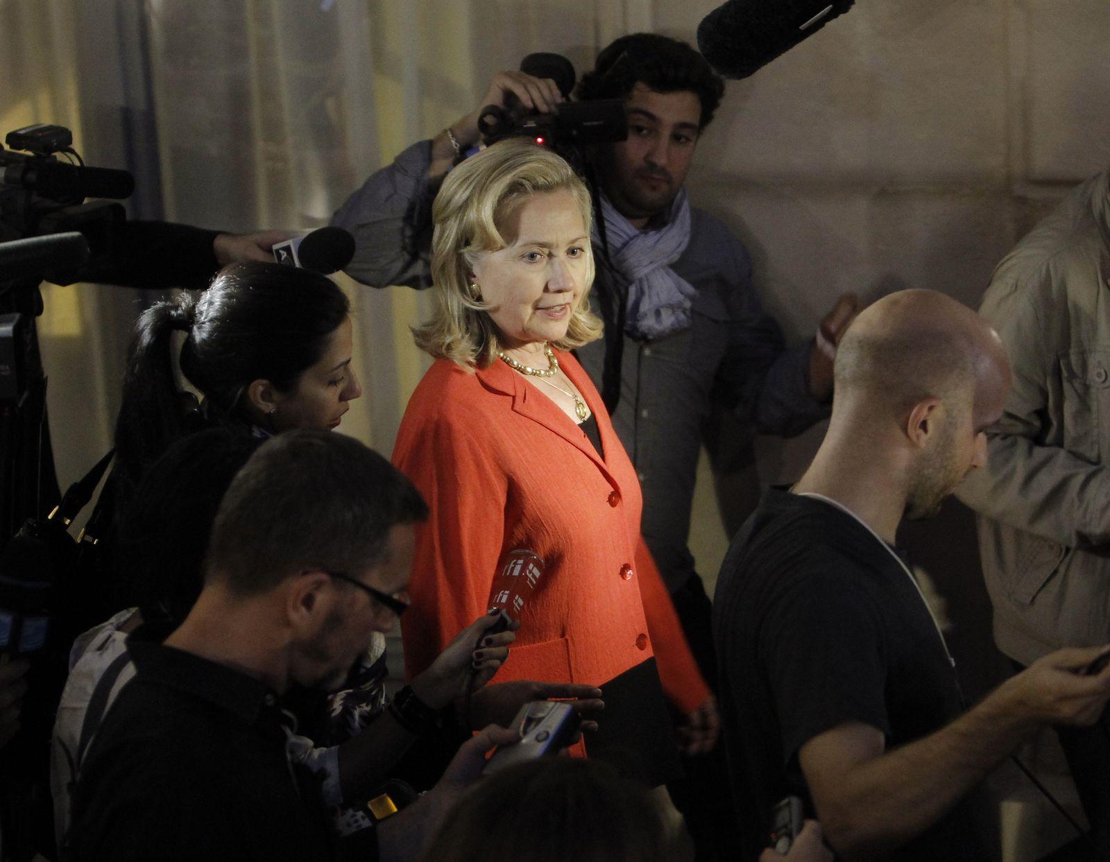 Clinton Paris