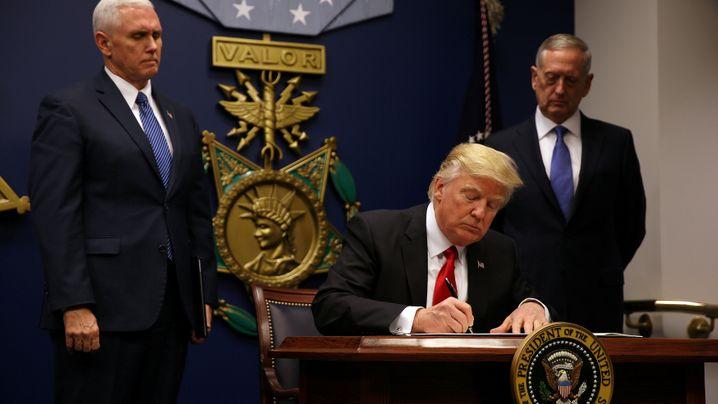 Donald Trump: Seine ersten 100 Tage in Bildern