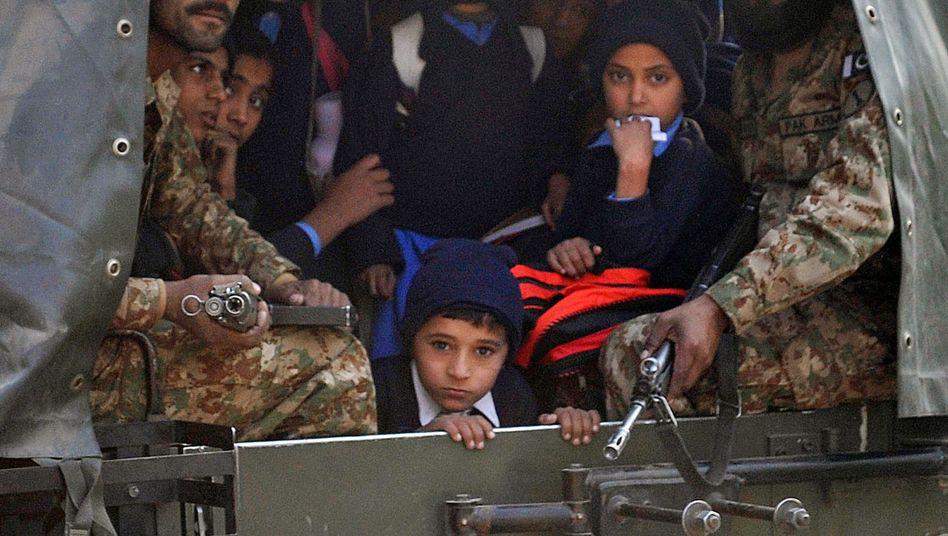 Pakistanischer Schüler: Taliban wählten Schule, die von Kindern von Soldaten besucht wird