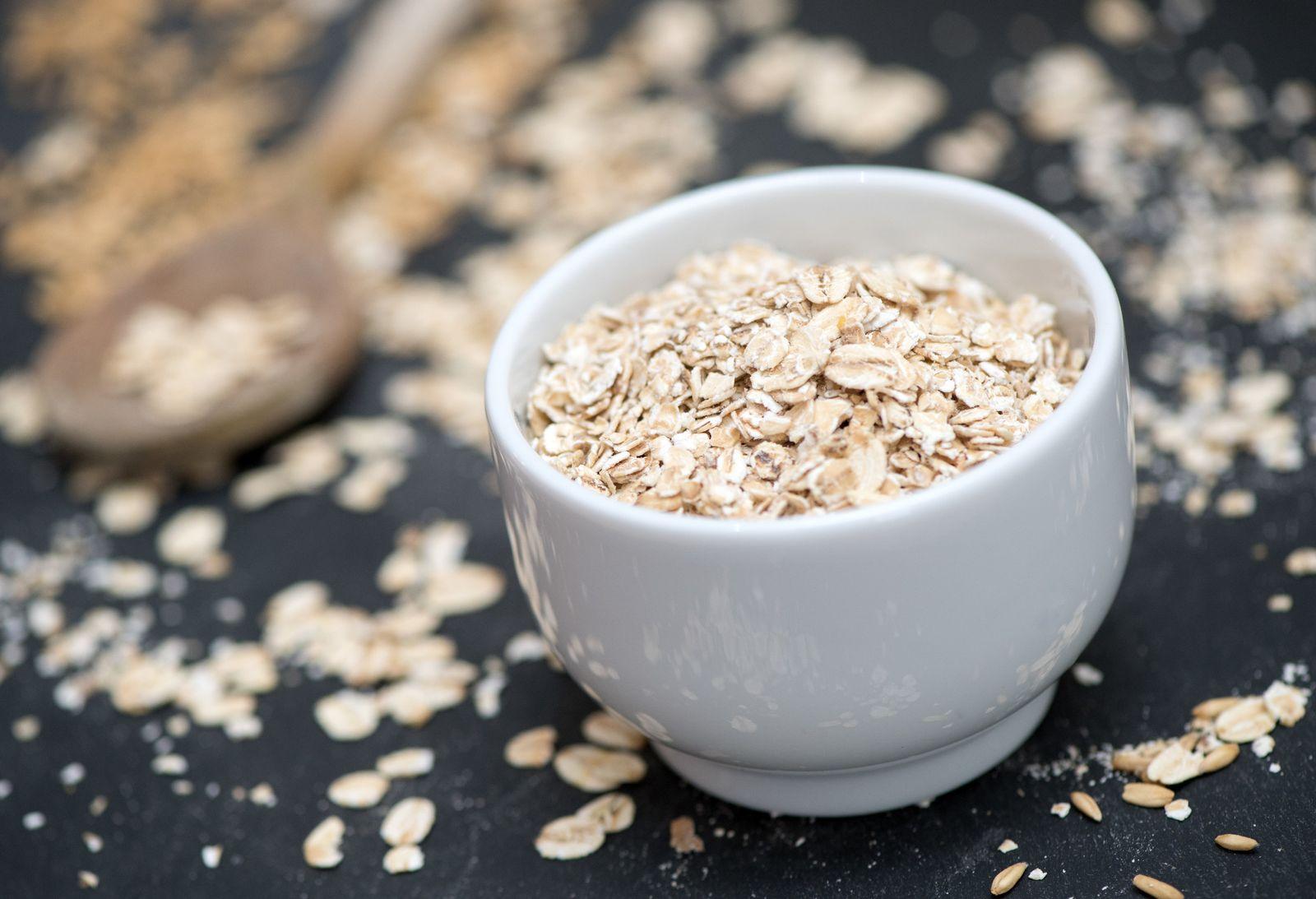 EINMALIGE VERWENDUNG Gesundes Getreide/ Hafer