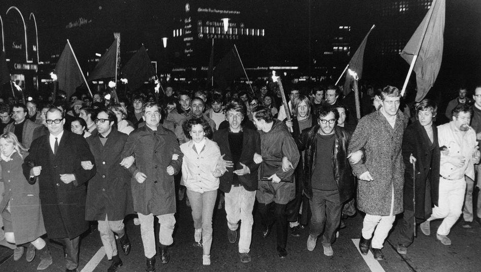 Anti-Springer-Proteste nach dem Attentat auf Studentenführer Rudi Dutschke