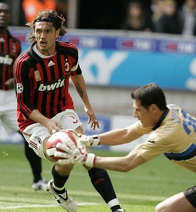 Milan-Profi Maldini (l.): Anschlusstreffer kam zu spät