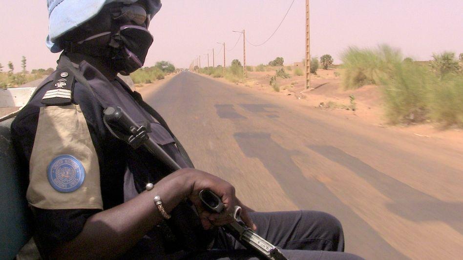 Polizist auf Minusma-Patrouille in Mali