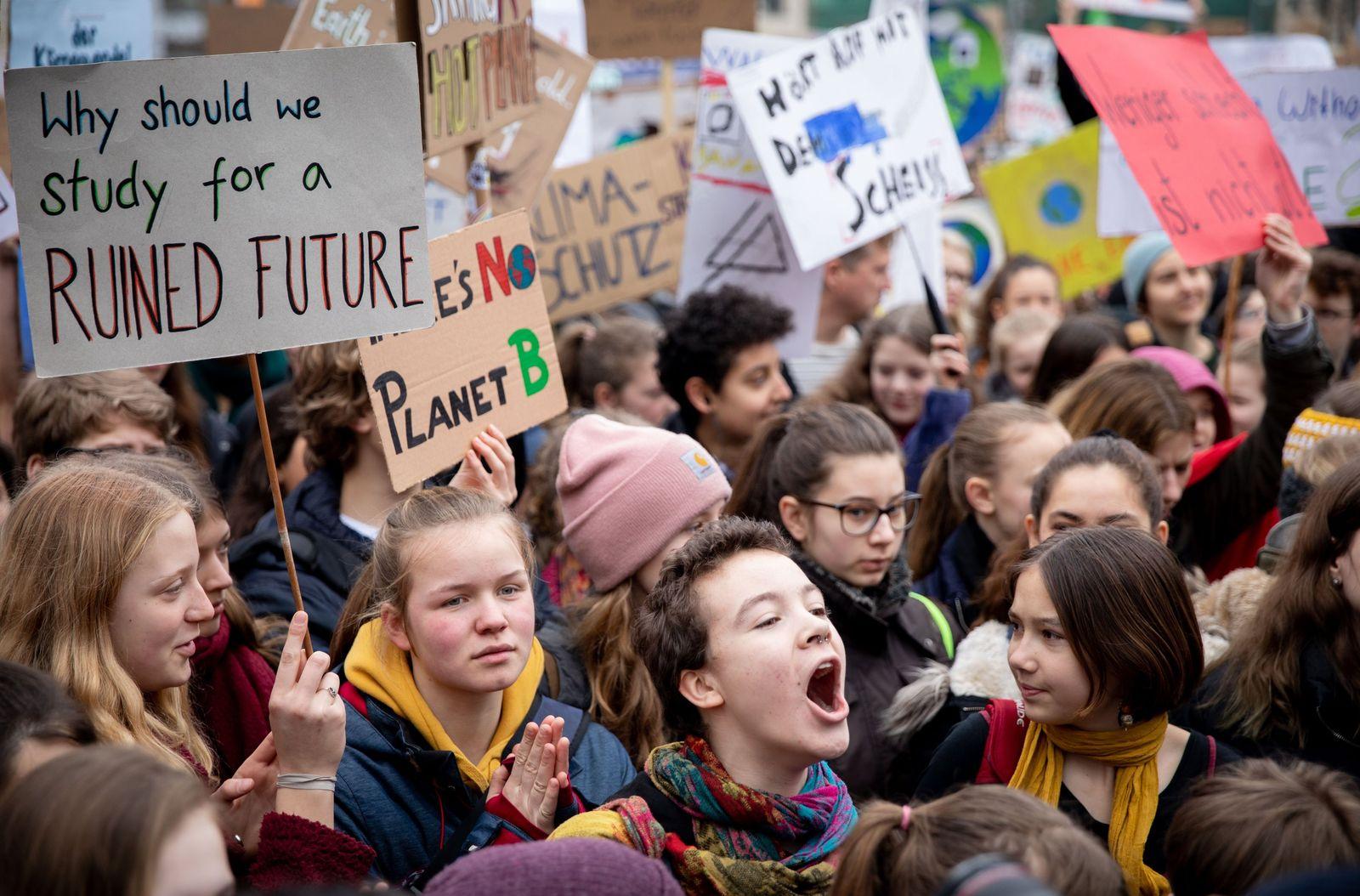 "Klima-Demonstration ""Fridays for Future"" Berlin"