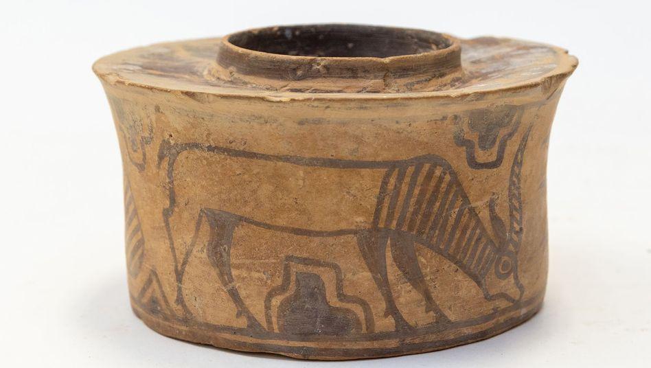 Antiker Keramikbecher