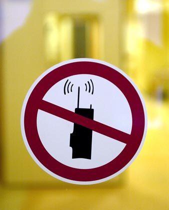 Handyverbotsschild: Schummel-Studie aus Wien