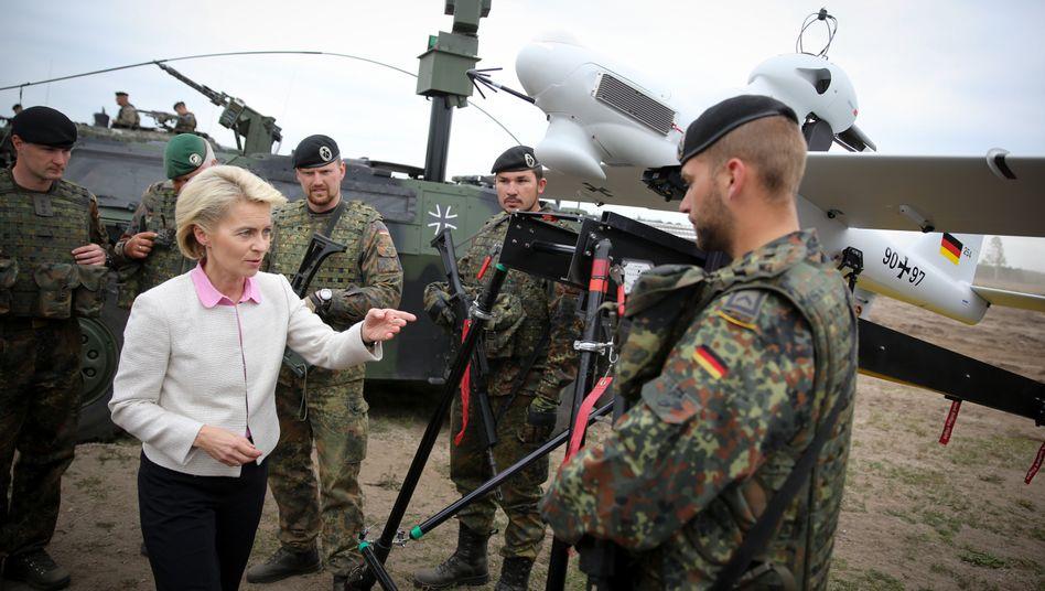 """Verteidigungsministerin Ursula von der Leyen: """"Wir haben noch Luft nach oben"""""""