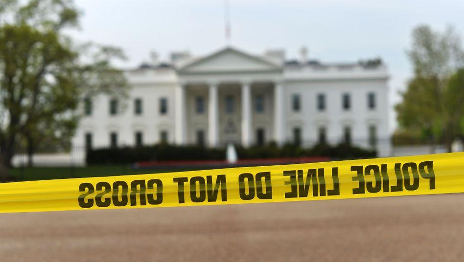 Polizeiabsperrung am Weißen Haus: Aufregung wegen gefährlicher Sendung