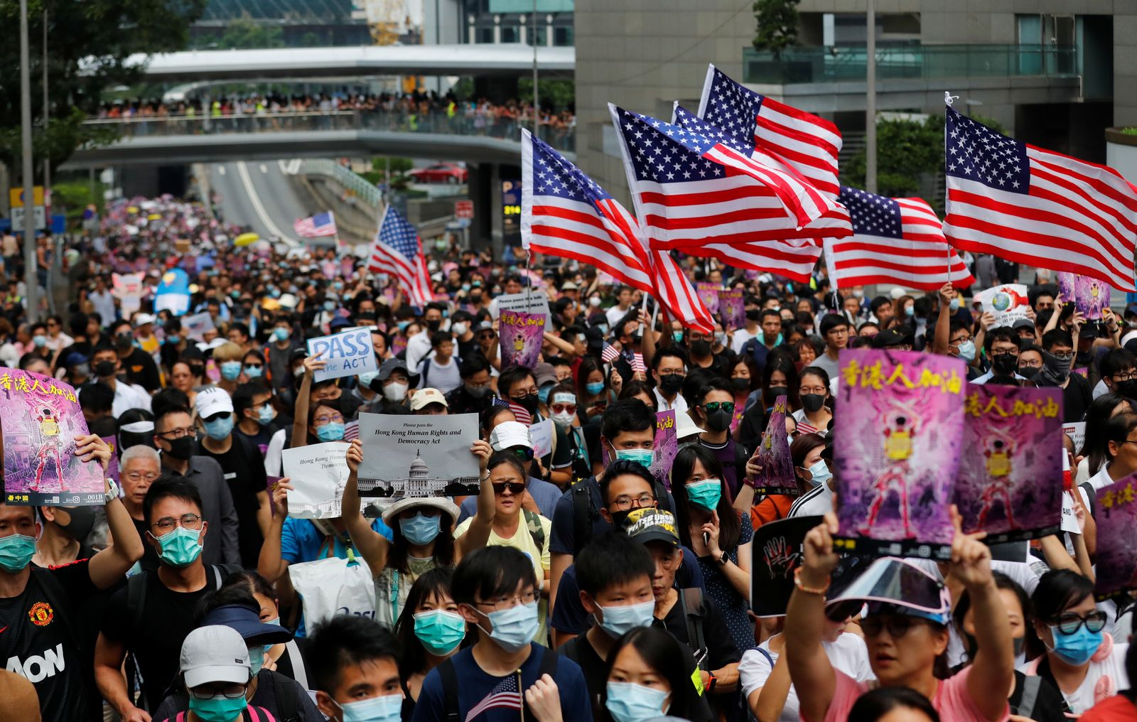Hongkong/ Protest/ Demonstration/ USA Flaggen