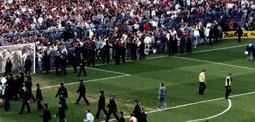 Hillsborough disaster: Court acquits David Duckenfield, then Chief Operating Officer - ENGLISH FOOTBALL 1