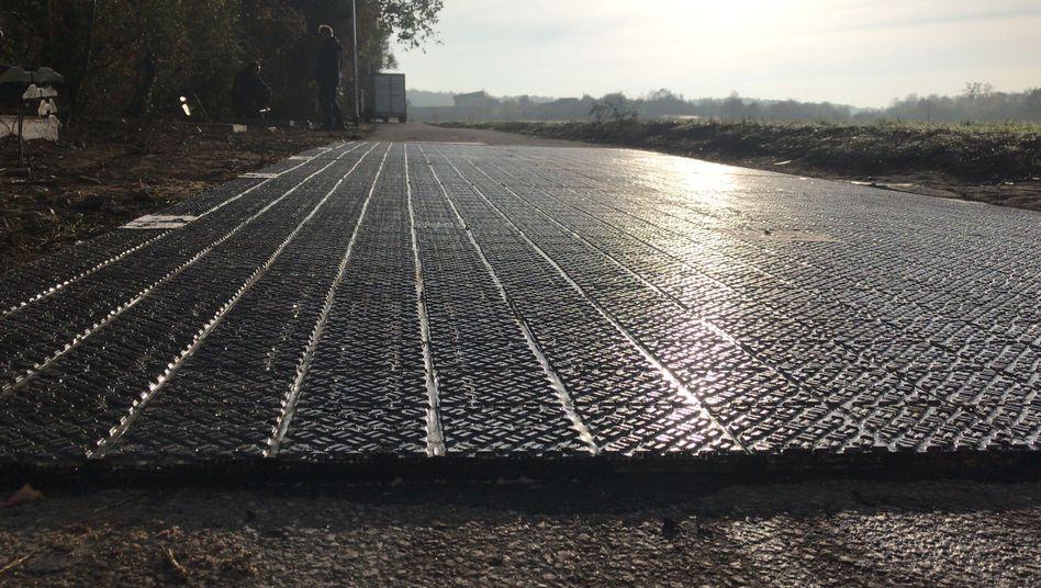 Deutschlands erste Solarstraße nahe Köln