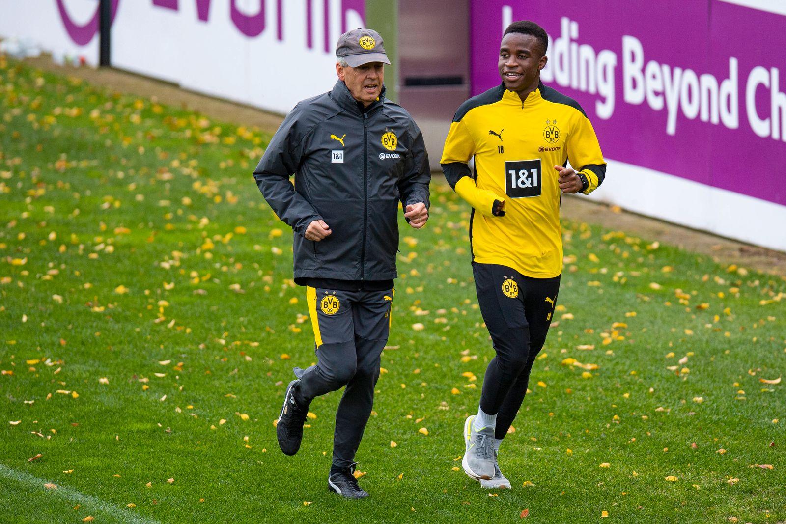 Fußball: 1. Bundesliga, Saison 2020/2021, Training von Borussia Dortmund am 08.10.2020 in Dortmund Brackel (Nordrhein-W