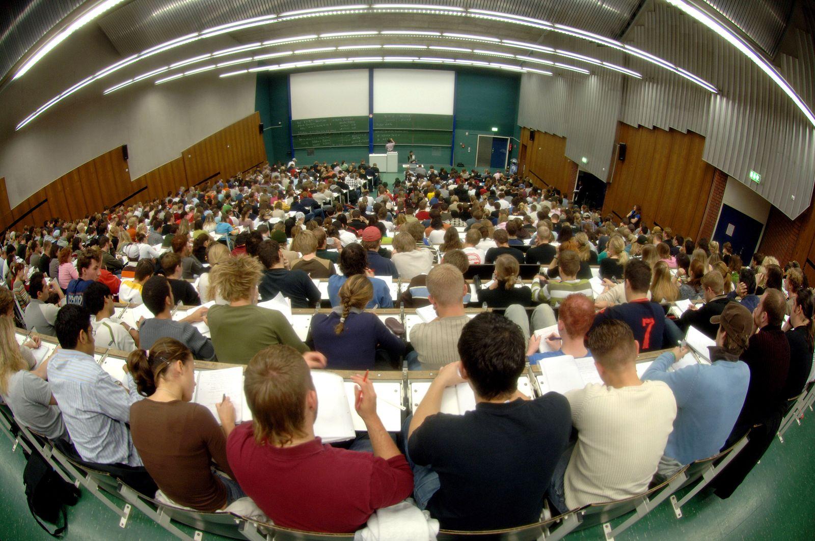 Universität Köln / Vorlesung