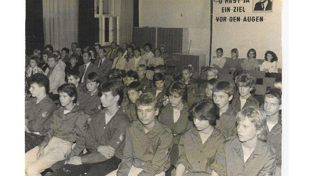 Jugendweihe in der DDR: Reifeprüfung für Weltveränderer
