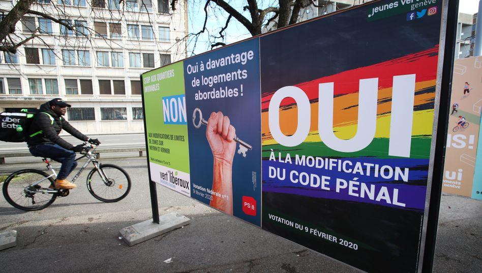 """""""Ja zur Änderung des Strafgesetzes"""": Poster in Genf"""
