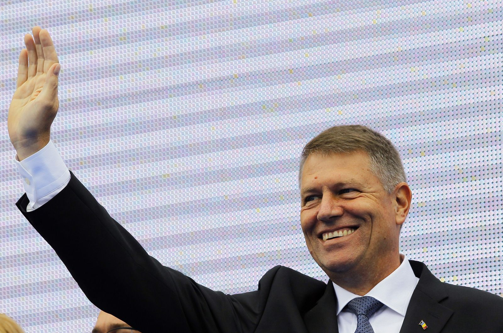 Klaus Johannis running for presidential race in Romania