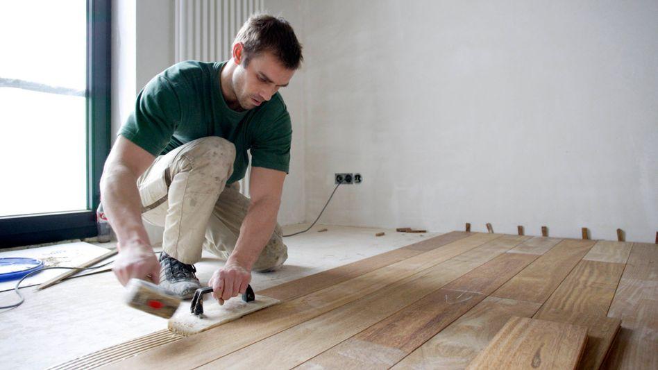 Hat Glück gehabt im Baumarkt: Ein Handwerker