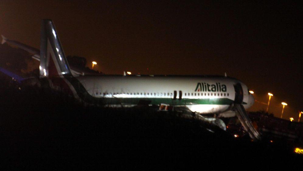 Landung auf Schaumteppich: Beinahe-Katastrophe bei Alitalia-Maschine