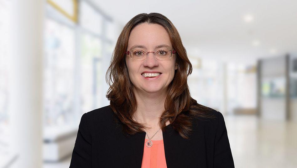 Michèle Tertilt forscht unter anderem über den Einfluss familiärer Beziehungen auf die Wirtschaft