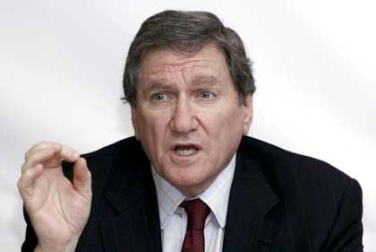 """Former US ambassador to the UN Richard Holbrooke: """"I think there will be some form of disengagement from the Battle of Baghdad."""""""