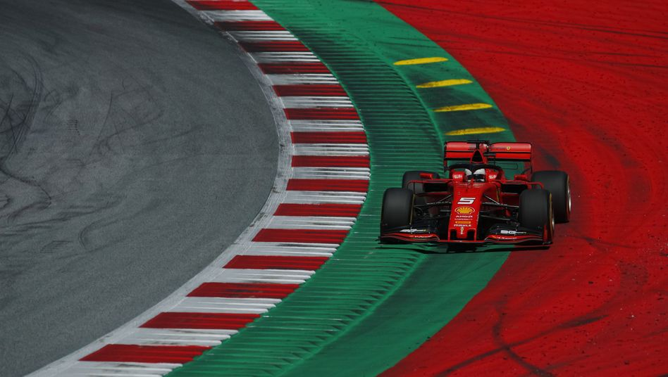 Sebastian Vettel im Ferrari beim Großen Preis von Österreich