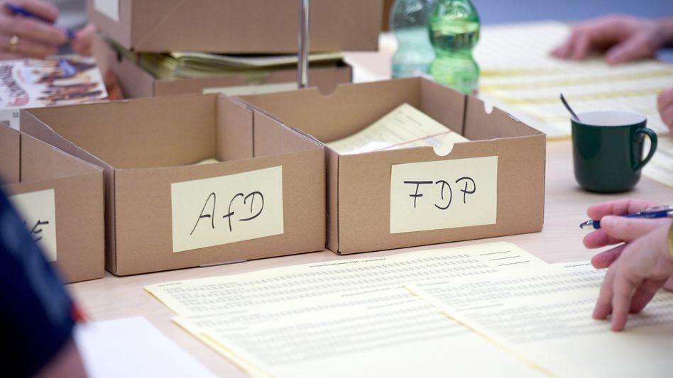 Auszählung im Hamburger Stadtteil Alsterdorf: AfD und FDP standen lange auf der Kippe