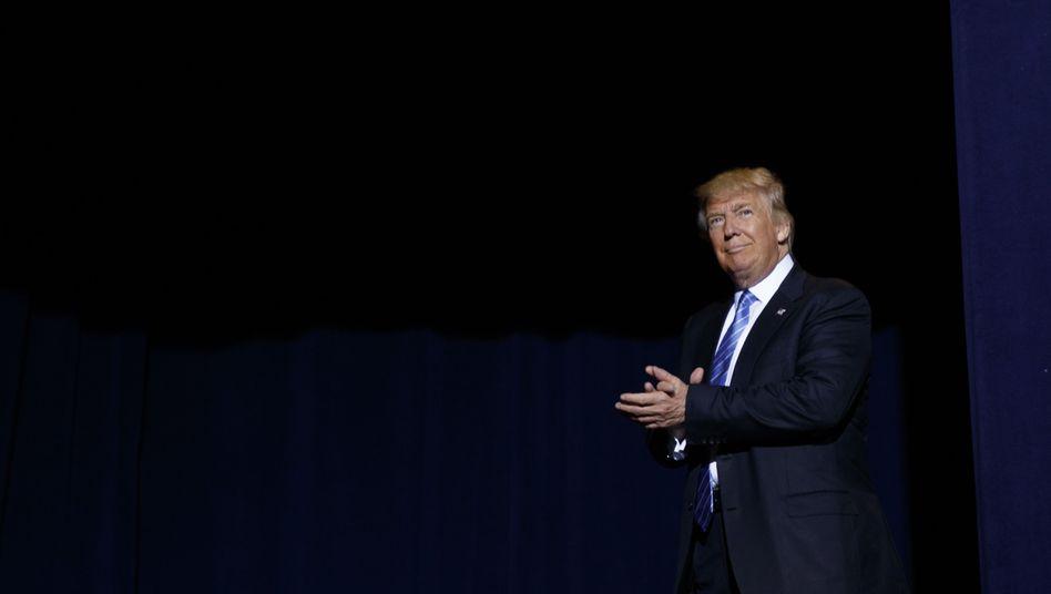Trump im Phoenix Convention Center