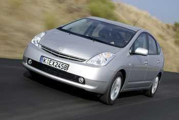 Toyota Prius: Mit kombiniertem Benzin- und Elektromotor beste Umweltverträglichkeit