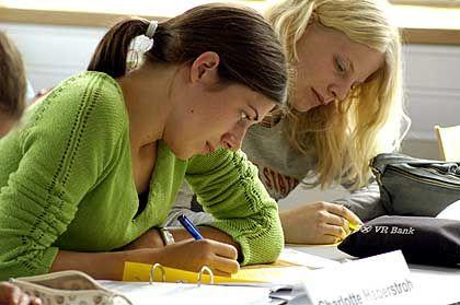Schülercampus Jura: Emsiges Mitschreiben