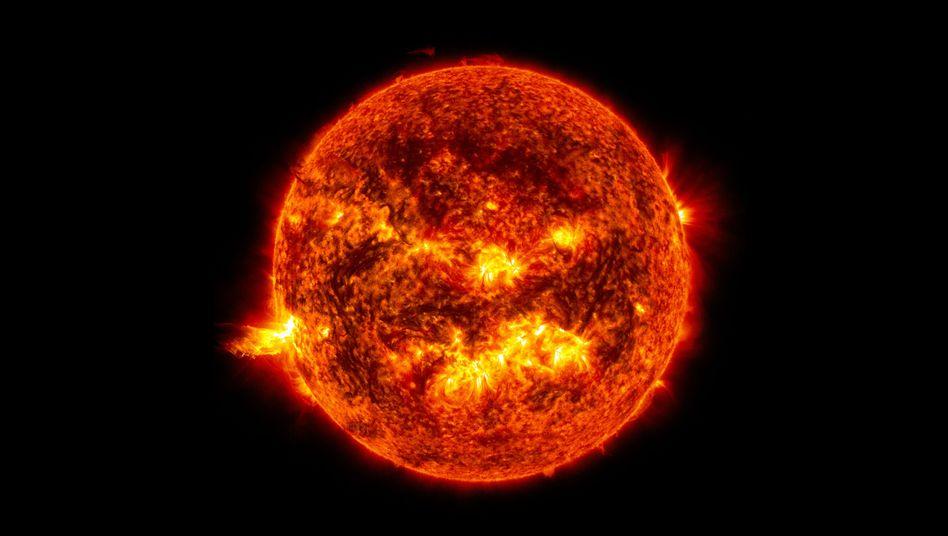 Die Sonne, ein 150 Millionen Kilometer entfernter Feuerball