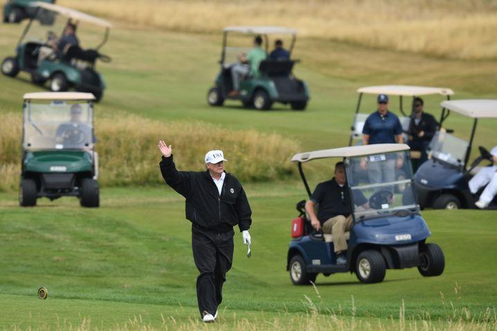 Buche senza fondo: i campi da golf di Trump sono in perdita