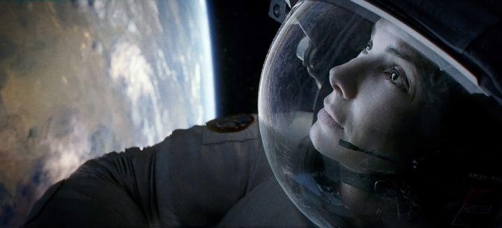 Völlig losgelöst: Sandra Bullock als verunglückte Astronautin